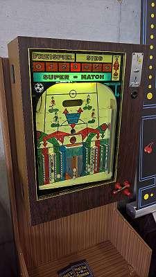 Kugelautomat Super - Match ähnlich Alle Neune Kegelautomat