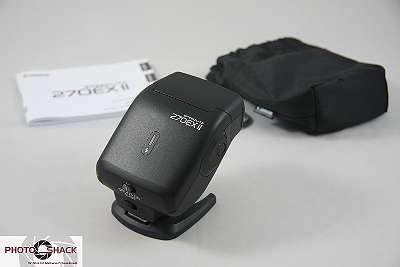 Canon Speedlite 270EX II, inkl. Blitztasche u. Standfuss, Top Zustand, 6 Mon. Garantie