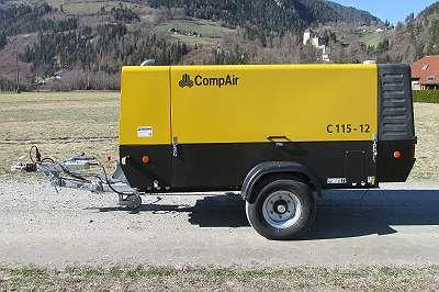 CompAir C115-12 fahrbarer Kompressor