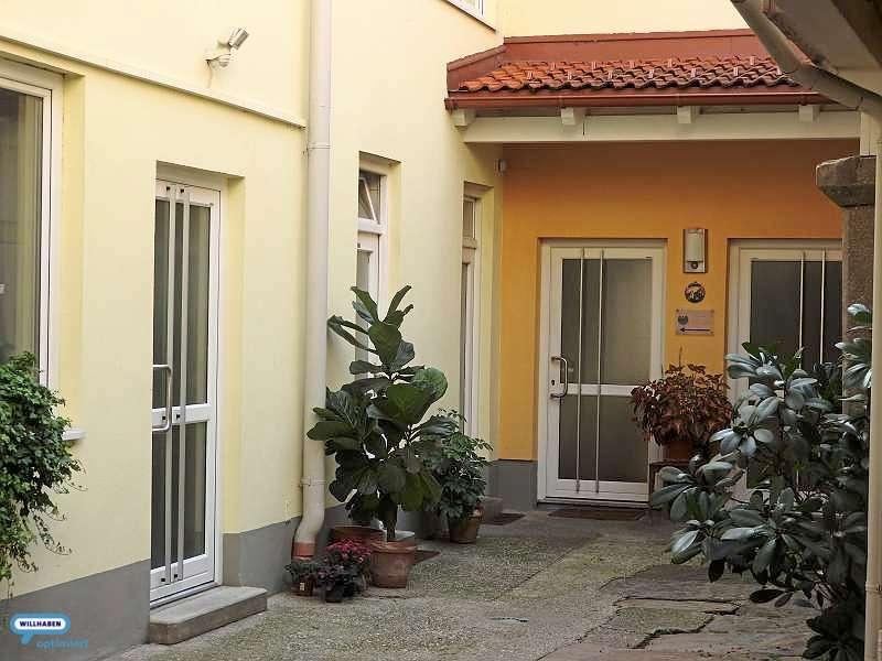 Bild 1 von 8 - Innenhof mit dzt.Therapiebereich
