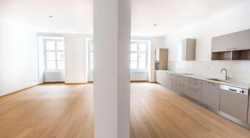 Bild 1 von 17 - Wohnzimmer+Küche