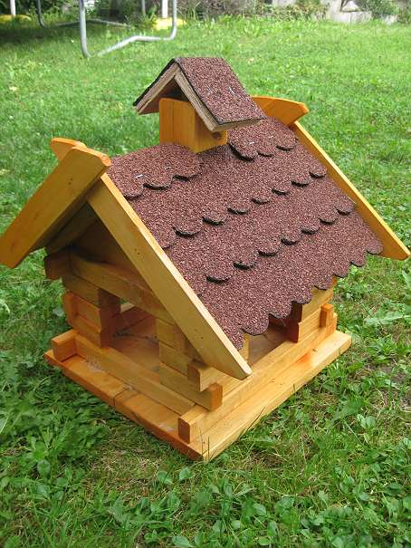 vogelhaus xxl dunkelbraune holzschindeln 60 cm vogelfutterhaus vogelvilla futterhaus geschenk. Black Bedroom Furniture Sets. Home Design Ideas