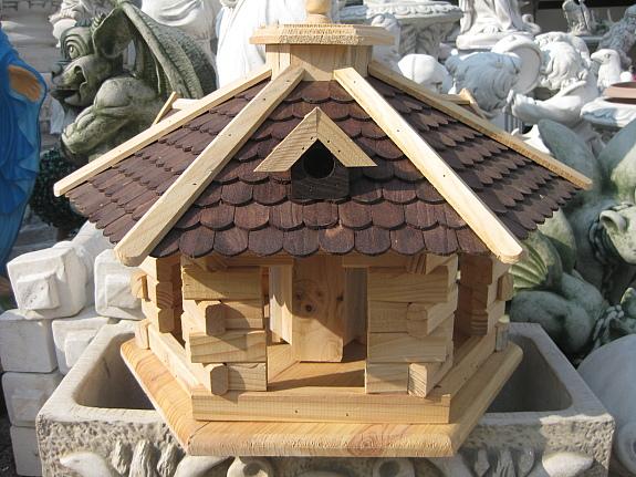 vogelhaus xxl dunkelbraune holzschindeln 60 cm. Black Bedroom Furniture Sets. Home Design Ideas
