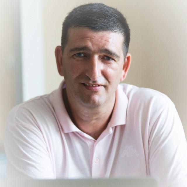 Florian Kolompar